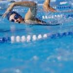 NOTIGYM: Los mejores entrenamientos para perder grasa nadando